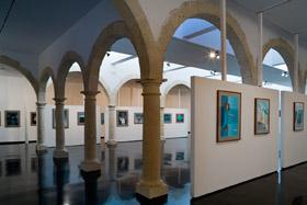 Fotograf�a de la sala de exposici�n principal situada en la segunda planta del Centro Andaluz de la Fotograf�a